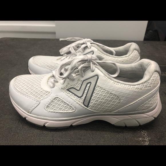 Vionic Shoes | Vionic Sneakers 335